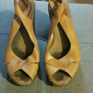 Aerosoles wedges size 8